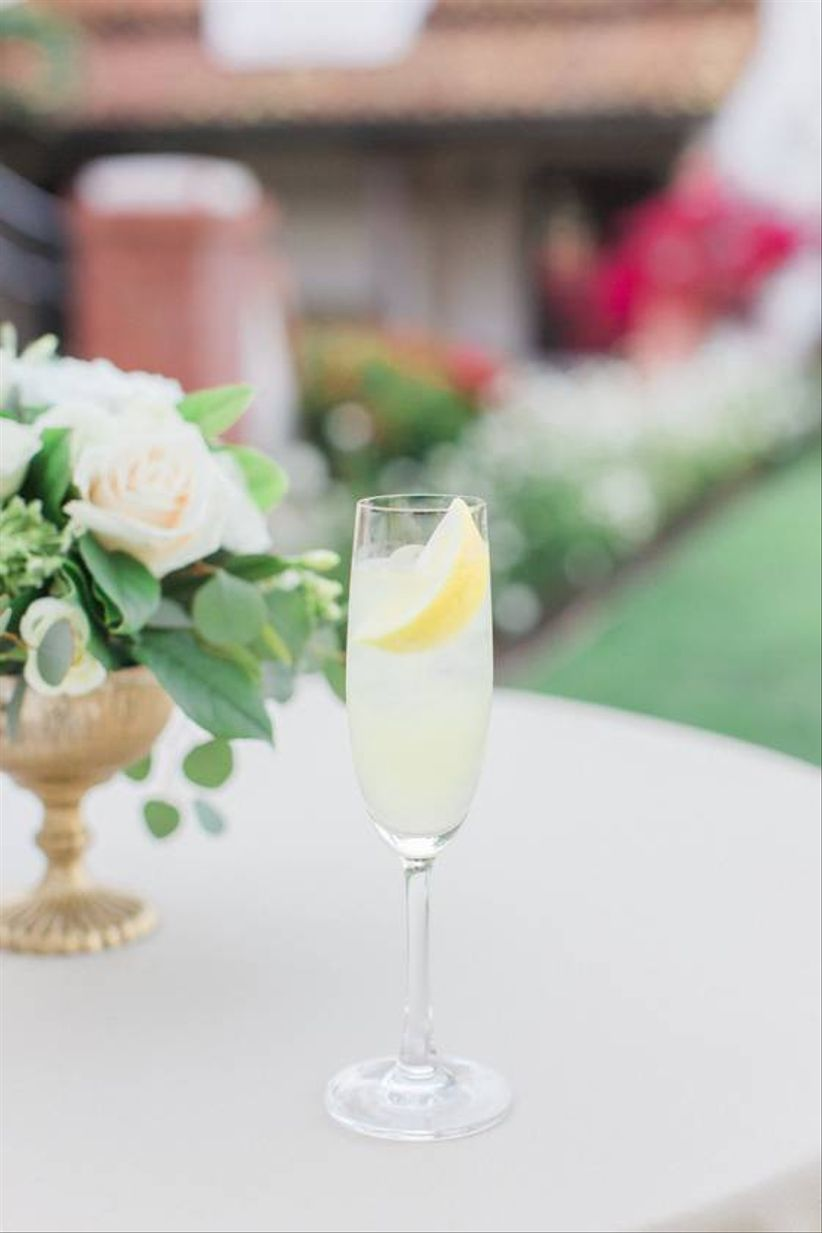 summer wedding cocktail with lemon