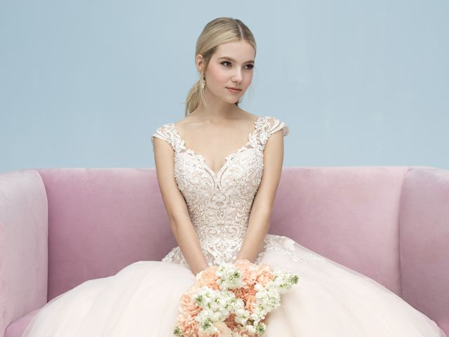 The 5 Wedding Dress Fabrics to Know Before You Shop