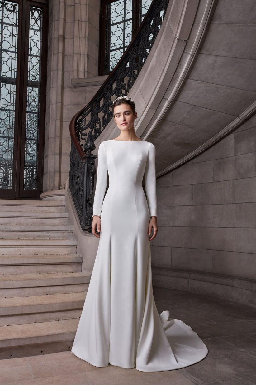 2d804e986ae0 7 Must-See Wedding Dress Trends for 2020 Brides - WeddingWire