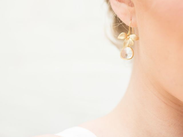 16 Bridesmaid Earrings Your Gals Will LOVE