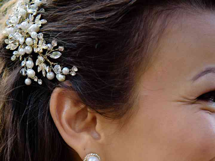 15 Pearl Wedding Earrings For Every Bridal Style