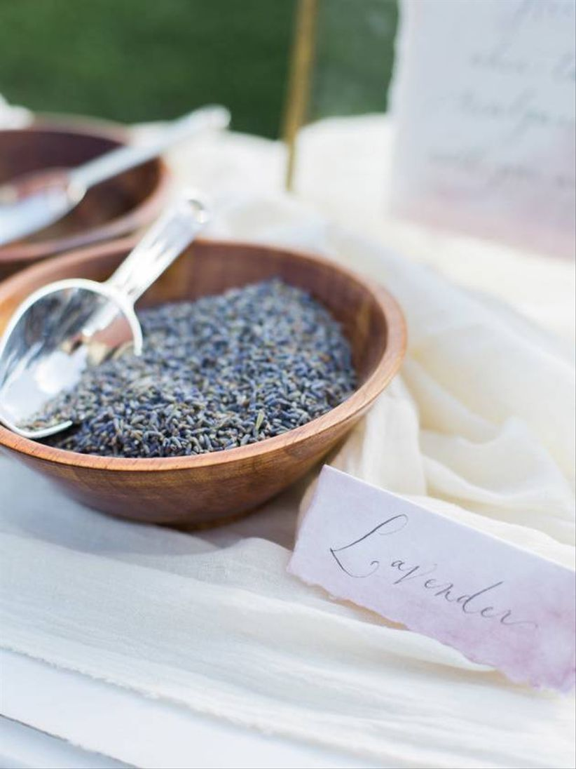 DIY lavender sachet wedding favors
