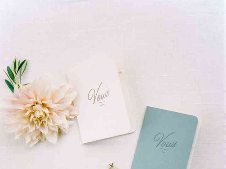 25 Vow Books That Double as Wedding Day Keepsakes
