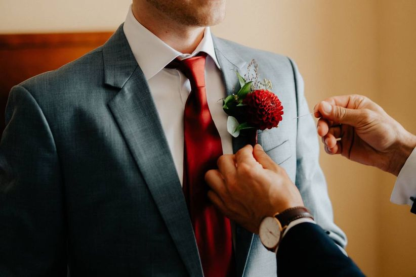 Who Wears a Boutonniere at a Wedding?