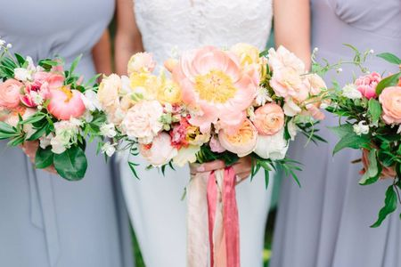 30 Colorful Wedding Bouquets That Are Super Cheerful