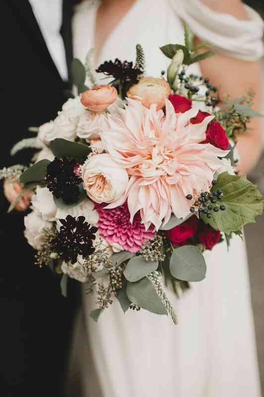 38 Fall Wedding Bouquets You Ll Love Weddingwire