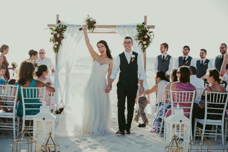 Is a Destination Wedding a Good Idea?