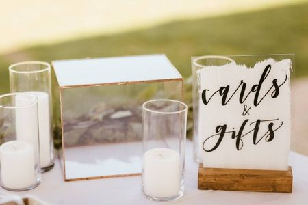 How to Safely and Efficiently Collect Wedding Gifts