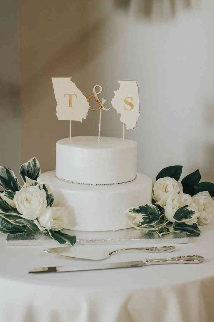 23 Rustic Wedding Cake Toppers For Any Country Chic Event Weddingwire