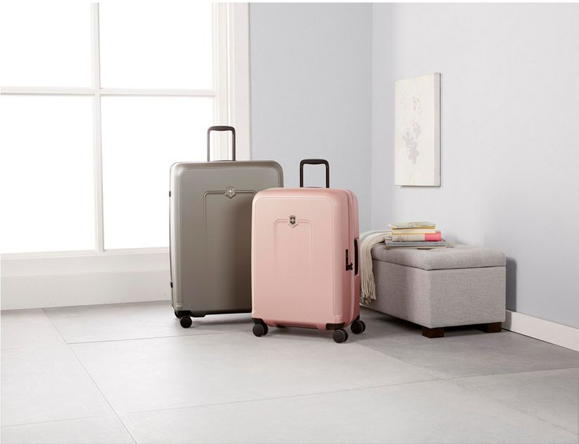 victorinox swiss army luggage