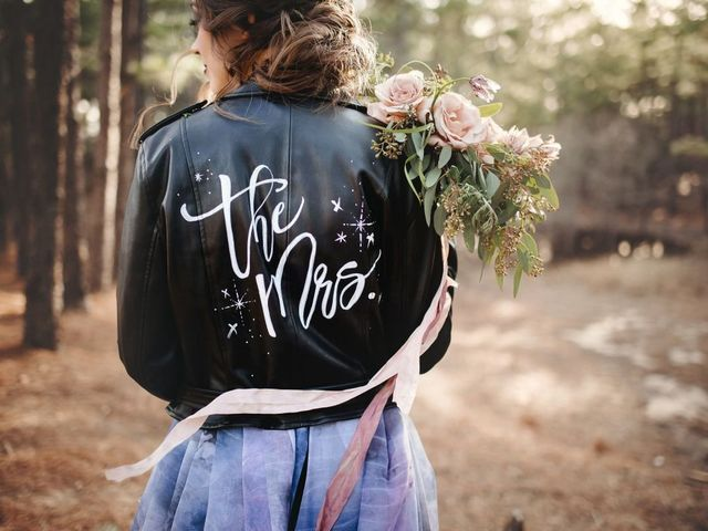 18 Bridal Jackets for Major Cool Girl Vibes on Your Wedding Day