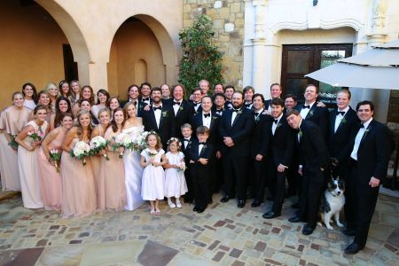 5 Signs Your Wedding Party is Too Big