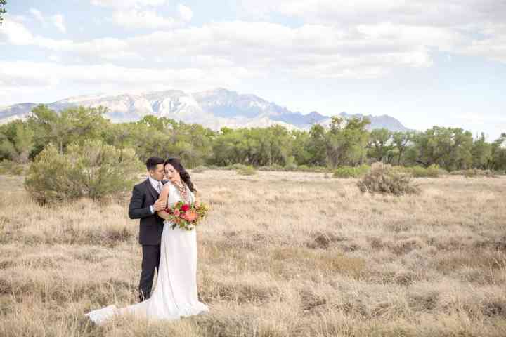 The Best Outdoor Wedding Venues In New Mexico By Season Weddingwire