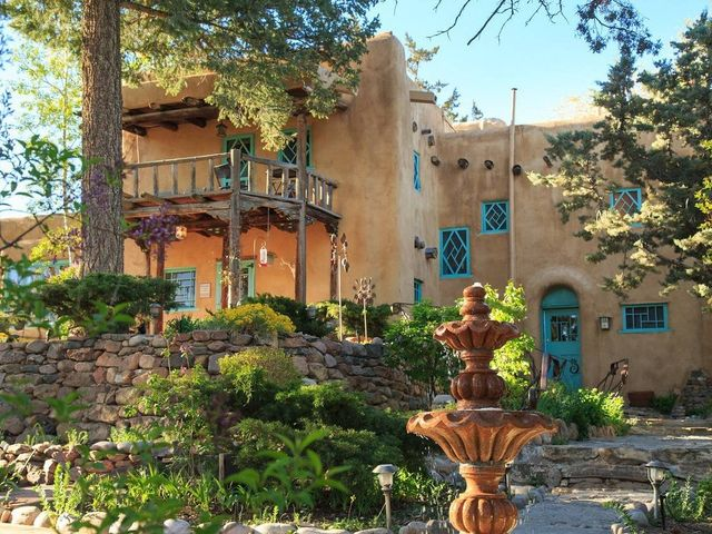 11 Santa Fe Wedding Venues Full of Southwestern Charm