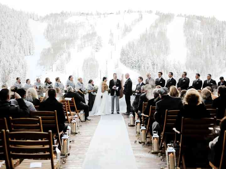 10 Winter Wedding Ideas That Are Cozy And Chic Weddingwire