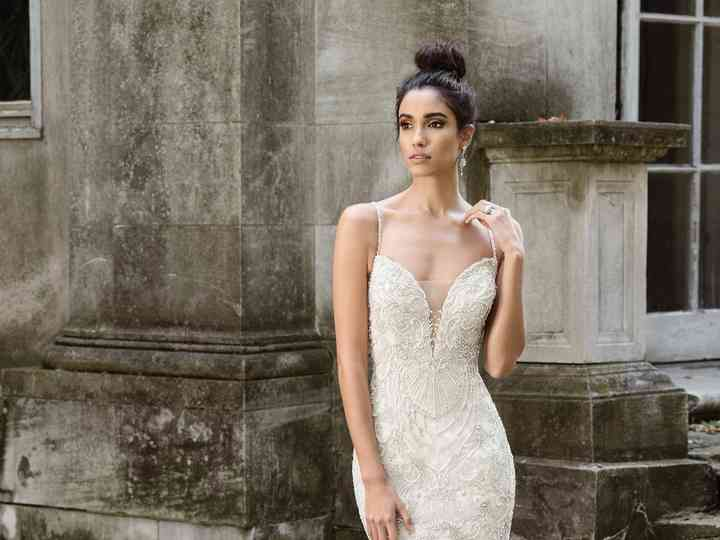 What S Your Wedding Dress Personality Weddingwire