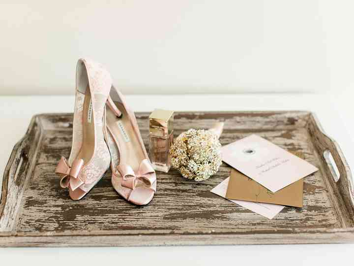 9 Bridal Accessories You Ll Need On Your Wedding Day Weddingwire