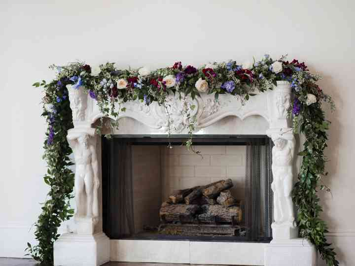 timeless design e150d 1fa2b 12 Ways to Decorate a Fireplace Mantel at Your Wedding ...