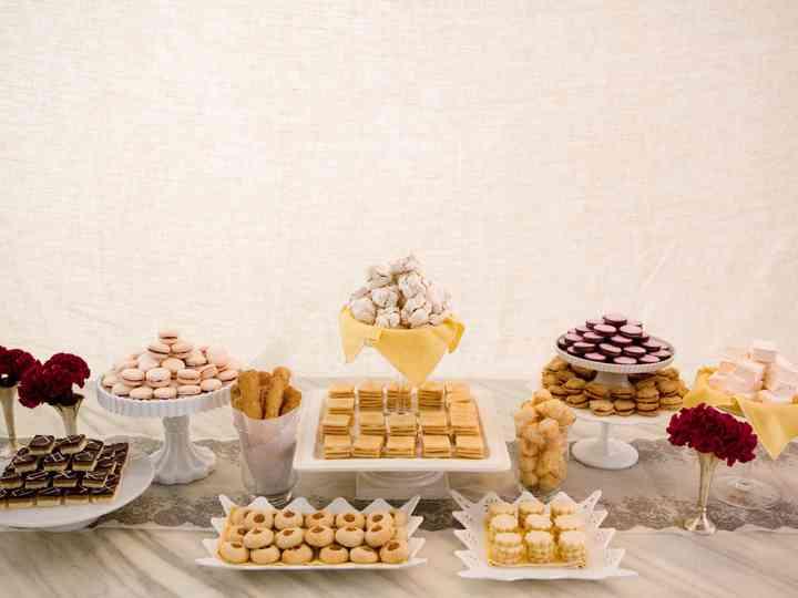 Got Milk The 10 Yummiest Cookie Ideas For Your Wedding Weddingwire