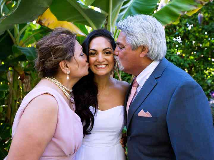 10 Ways to Make Your Parents Happy on Your Wedding Day
