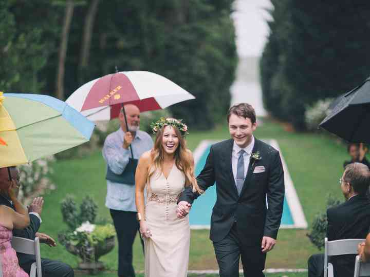 Postponing a Wedding? The Announcement Wording You Need