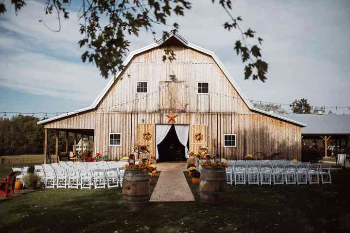 23 Farm And Barn Wedding Venues For An Event That S Rustic