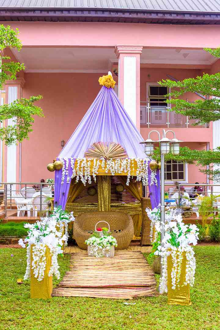 Remarkable 7 Nigerian Wedding Ideas For Every Naija Couples Style Gmtry Best Dining Table And Chair Ideas Images Gmtryco