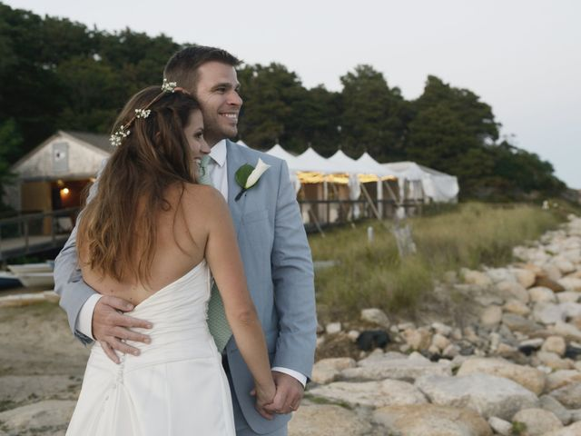 5 Reasons to Get Married... at the Beach