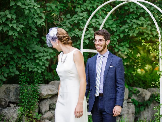 8 Summer Wedding Outfits For Grooms