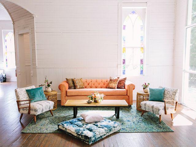 Mercury Hall Austin: 1 Historic Texas Wedding Venue, 4 Ways