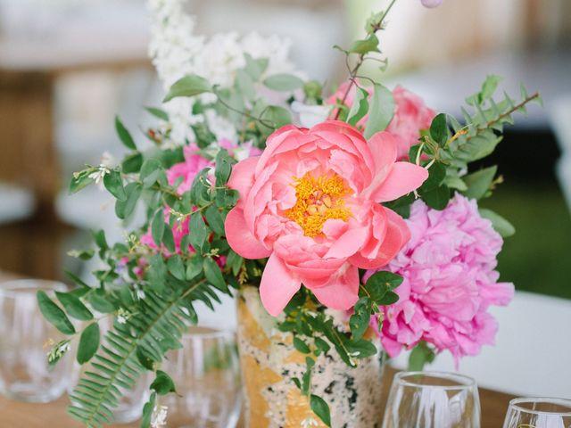 13 Popular Wedding Centerpiece Vessels