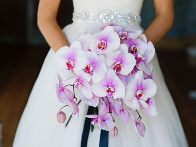15 Showstopping Summer Bouquets