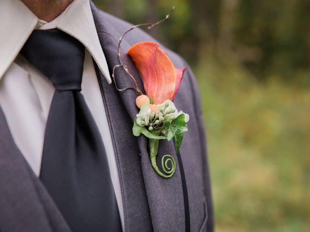 Getting Your Wedding Tuxedo Online vs. In-Store