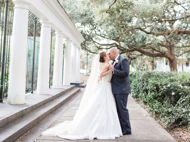 5 Downtown Savannah Wedding Venues That Personify the City