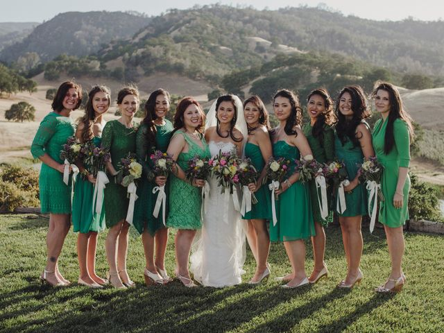 7 Things to Consider While Bridesmaid Dress Shopping