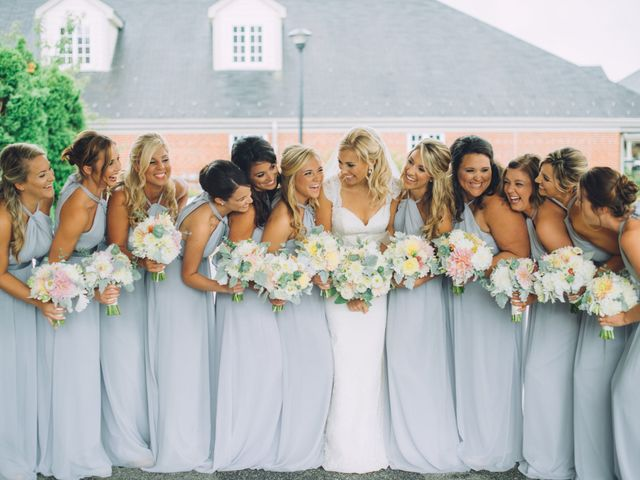 How Many Bridesmaids Should You Actually Have?