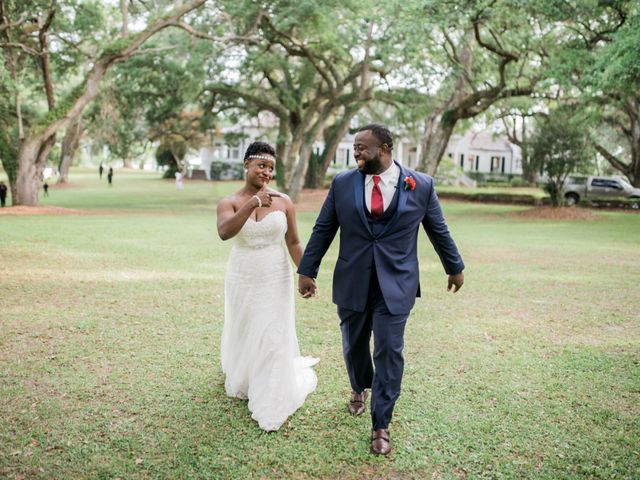 How to Plan a Wedding Step by Step - WeddingWire