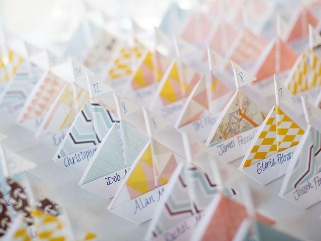 26 Amazing Escort Card Displays