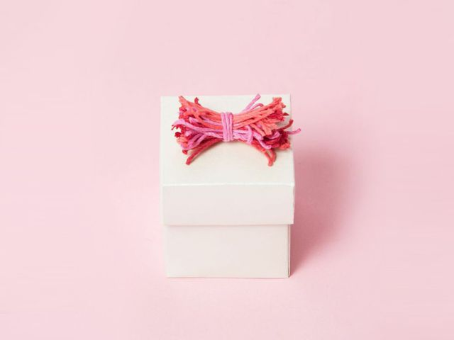String Bow Wedding Favor Box DIY