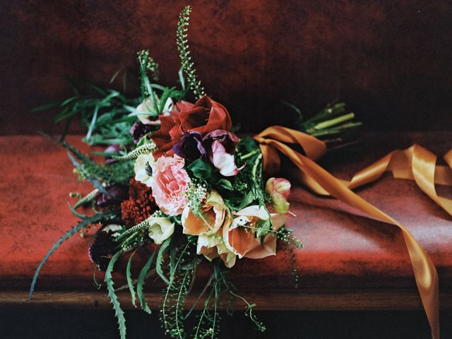 How to Preserve Your Wedding Bouquet
