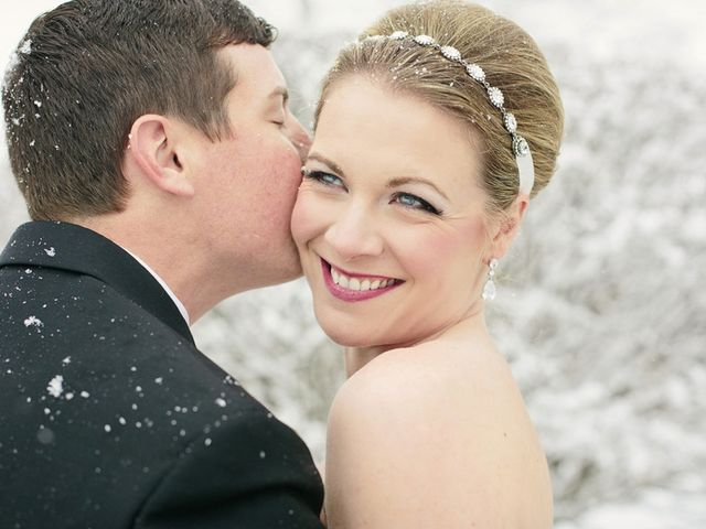 10 Photos That Prove Snow on Your Wedding Day Is the Best