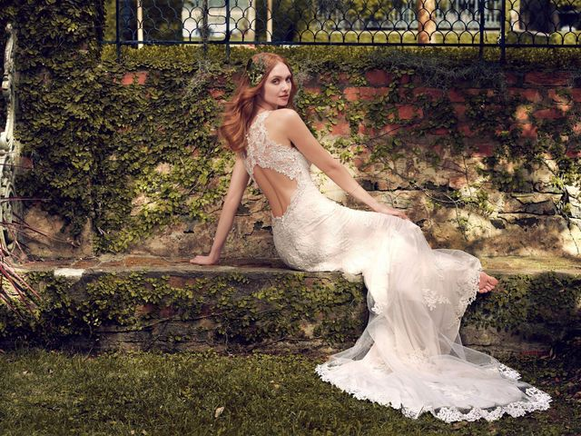 5 Dreamy Wedding Dresses for the Fairytale Bride