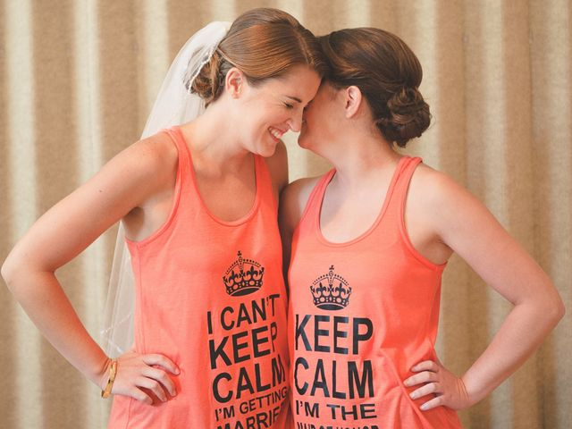 10 Signs Your Maid-of-Honor Rocks