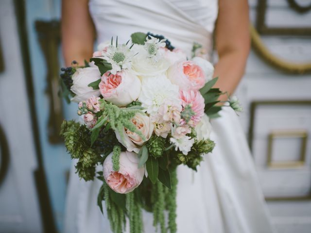 Wedding Flowers - WeddingWire