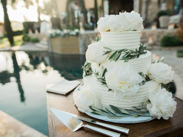 10 Years of Wedding Cake Trends: 2007-2017
