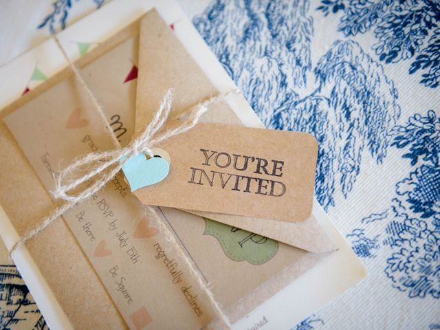 When It Comes to Wedding Etiquette, How Late is Too Late?