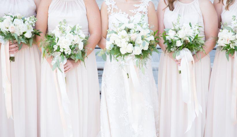 11 Gorgeous Spring Wedding Ideas To Make You Swoon Weddingwire