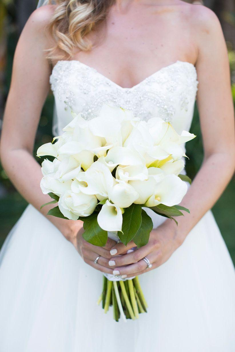 12 wedding flowers that are always in season weddingwire white calla lily bouquet izmirmasajfo