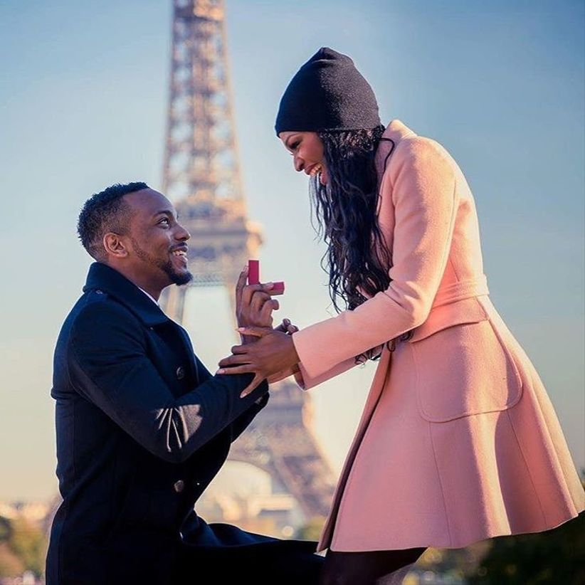romantic Eiffel Tower proposal idea