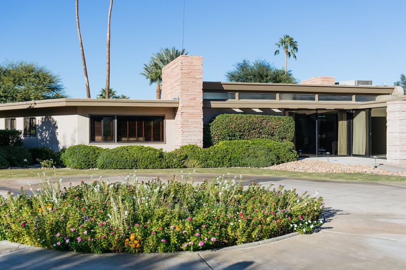 Palm Springs Celebrity Homes That Double As Wedding Venues Weddingwire